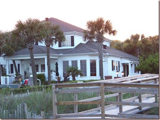 B House 16